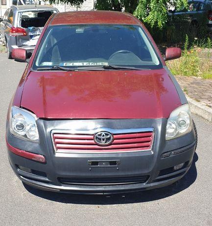 Toyota Avensis 2004 r.