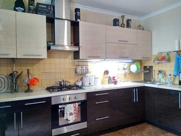 3 комнатная с ремонтом в новом кирпичном доме на Черёмушках(1-100)