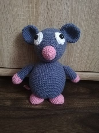 Myszka/Szczur maskotka na szydełku