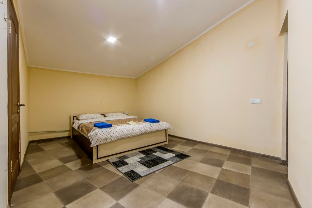 Эксклюзивные отдельные апартаменты с большой ванной в центре Киева-1