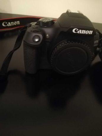 Máquina Fotográfica Digital Canon EOS 1300D