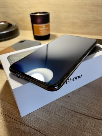 iPhone Xs stan idealny