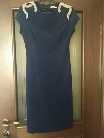 Красивое нарядное платье плаття