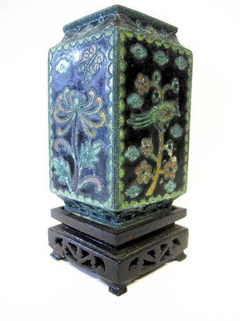 vintage jarra asiática em metal esmaltada - cloisonne - com suporte