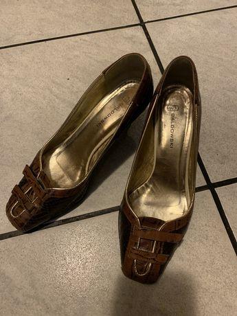 Pantofle bladowski skorzane 38 r