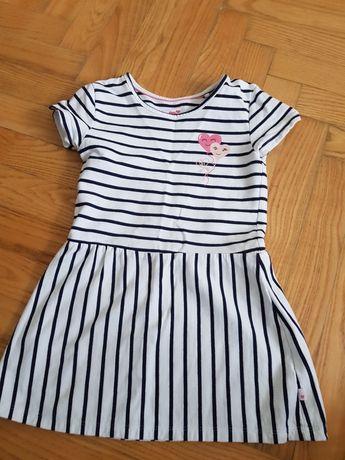 Sukienki dla dziewczynki 104 110