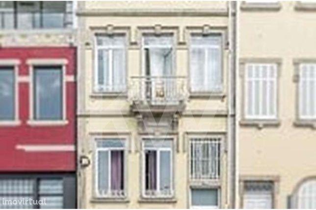 Edifício para venda em Campanhã - A Funcionar como Hostel