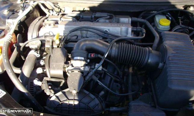 Motor Chrysler Sebring 2.0 para peças do ano 2001