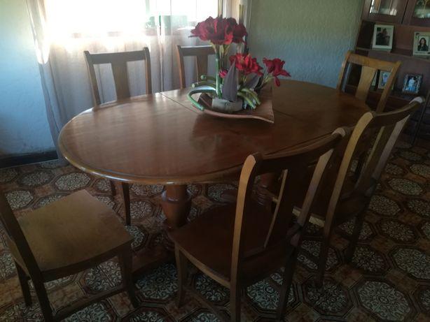 Mesa rústica, extensível de sala de jantar em Madeira