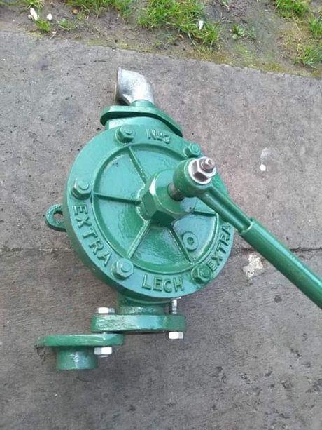 Pompa wody Lech nr 3 stara produkcja starocie