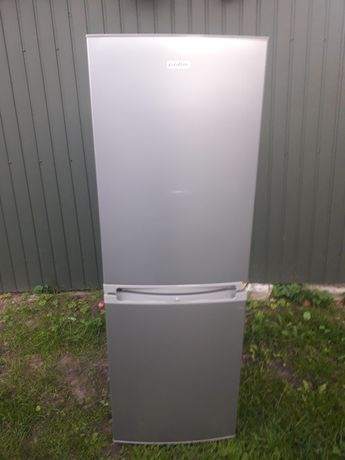 Холодильник з Європи. Холодильник 175 см.