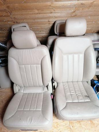 Sprzedam siedzenia do Mercedesa klasy R