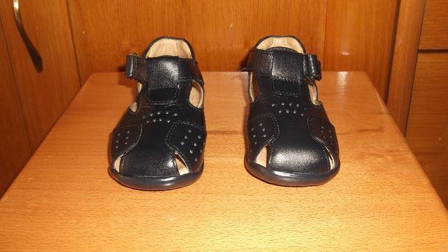 sapatos de menino bonitos