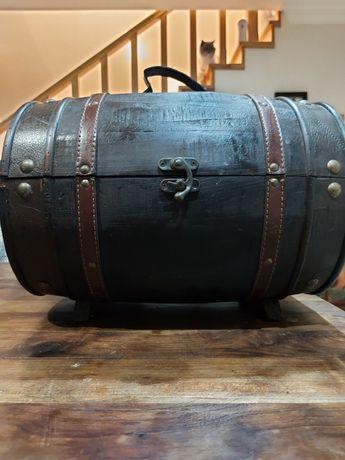 Pipa para a vinhos / arrumação