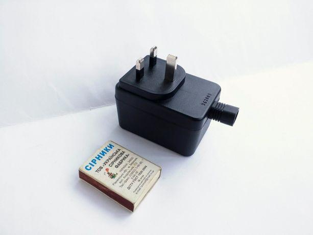 220-12 вольт (переменное),1 ампер. Трансформатор, адаптер. Блок.