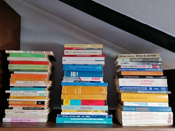 Livros de Economia, Gestão, Estatística, Econometria, Marketing 1-25 €