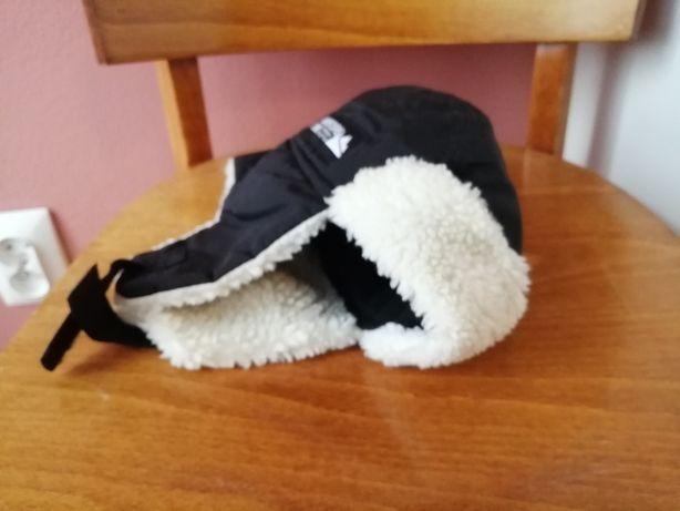 Bardzo fajna czapka h&m 2- 4 lata