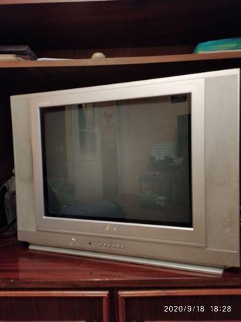 Телевизор цветной LG