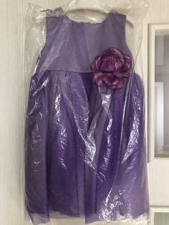 Два платья на год и на 2-3 года нарядное, пышное праздничное