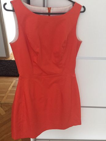 Elegancka sukienka jak nowa