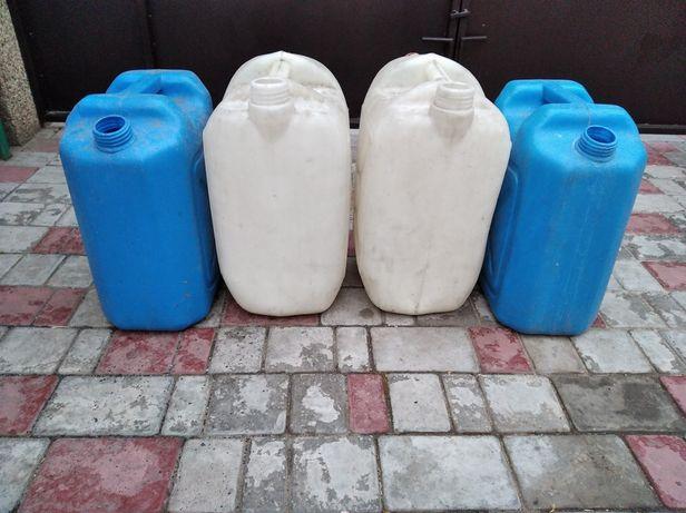 Продам канистры для воды