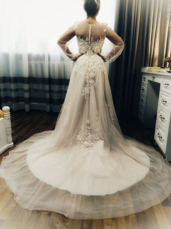 Плаття весільне, ніжний колір, стан 10 з 10