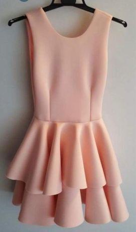 Różowa sukienka XS