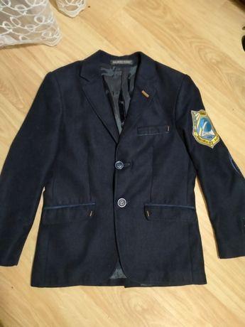 Піджак, жекет, шкільна форма