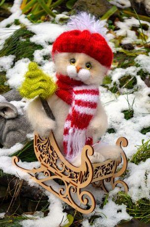Крутая реалистичная игрушка Новогодний Котик с елочкой