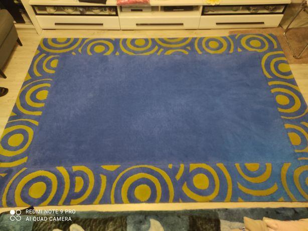 Sprzedam duży dywan