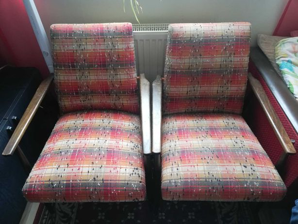 Sprzedam 4 fotele  PRL Liski