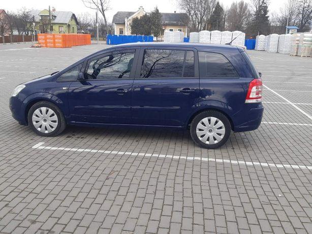 Opel Zafira 7 місць