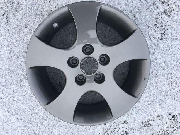 продам комплект легкосплавных дисков R-16