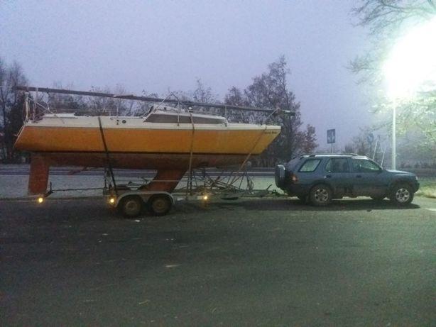 прицеп двухосный для килевой яхты кильблок аренда доставка из Польши