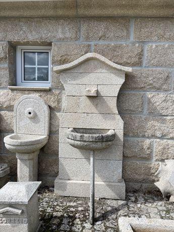 Fontes e varios artigos em pedra