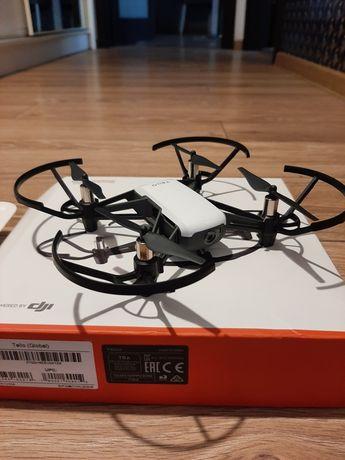 Dron dji Ryze Tello + repeater wi fi xiaomi.