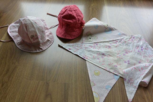 zestaw czapeczek +dwie chustki dla małej córci r.46-48,polecam na lato