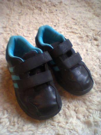кросовки Аdidas 25 розмір