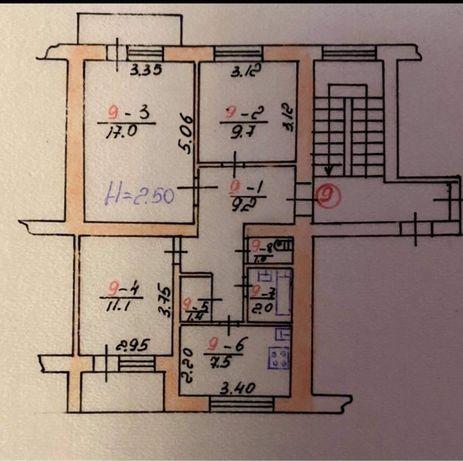Продається 3-х кімнатна квартира у центрі Козови .