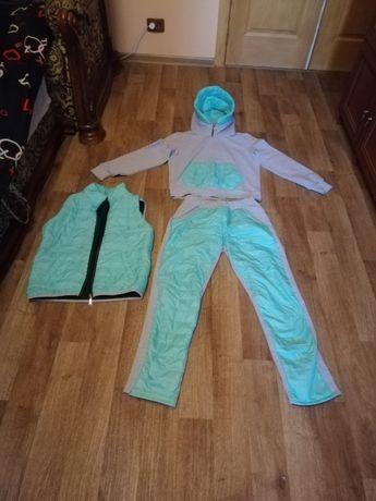 Спортивный костюм 48 р
