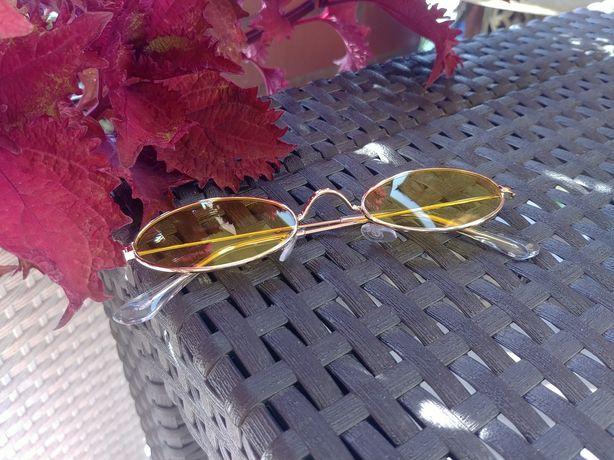 Owalne żółte okulary przeciwsłoneczne, lenonki retro vintage