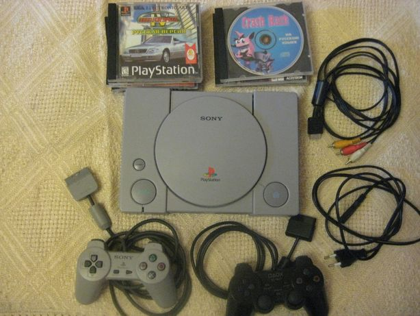 Sony PlayStation 1, PS1 (SCPH-7502) +10 игр.