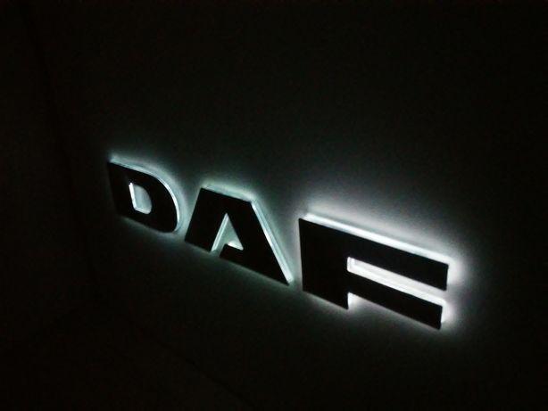 Podświetlane logo DAF