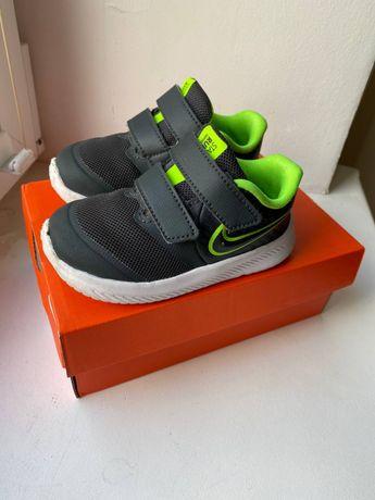 Кроссовки / кросівки Nike 22 р