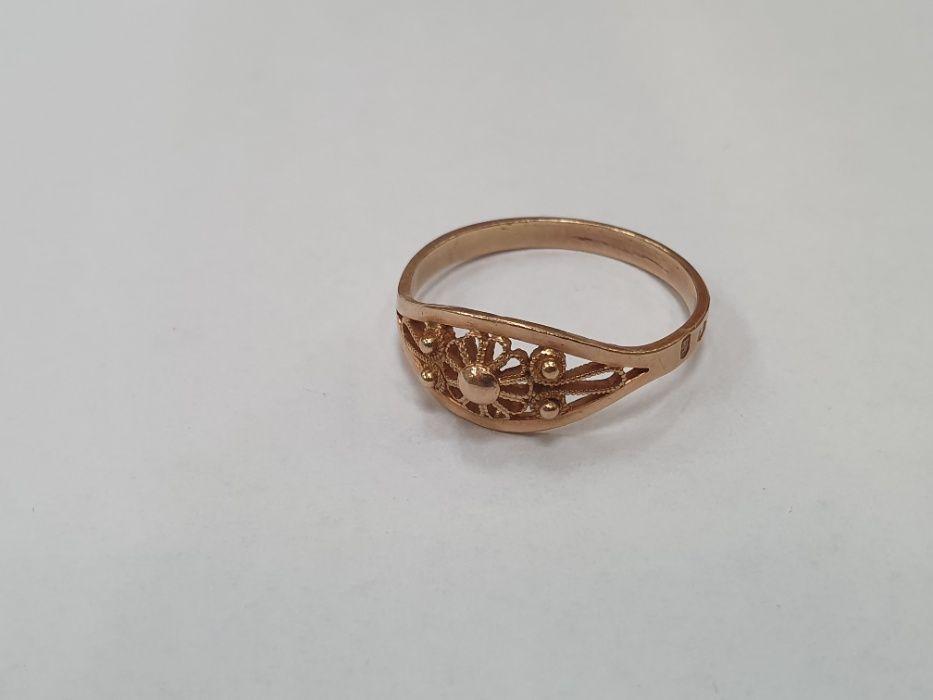 Warmet! Piękny, klasyczny złoty pierścionek damski/ 585/ 2.74 gram/ 22 Gdynia - image 1