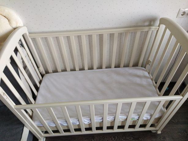 Кроватка Верес(соня), с маятником+ матрас, наматрасник