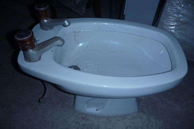 Louça de Casa-de-banho