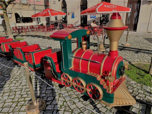 Comboio de Natal com trilho