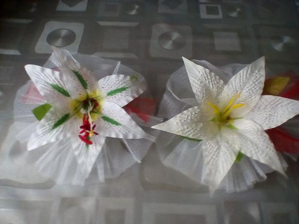 Свадебные белые лилии на машину на присосках
