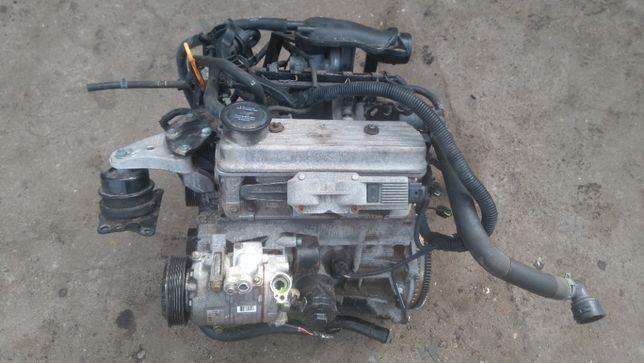 Skoda Fabia I 1.4 mpi AZM silnik kompletny alternator przepustnica